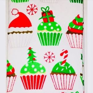 2 Christmas Holiday Iced Cupcakes Kitchen Towels